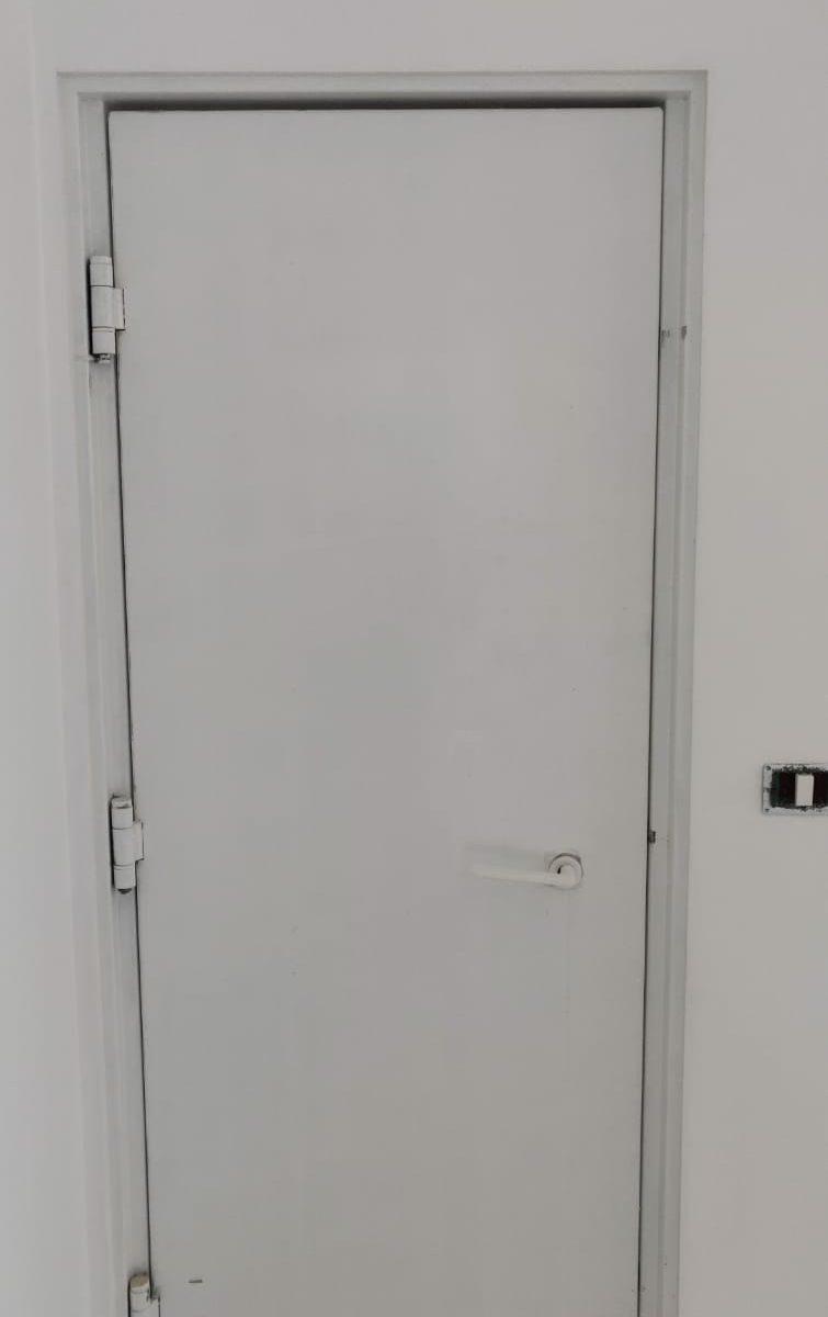 דלת הדף רסיסים דירתית