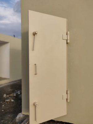 דלת מקלט