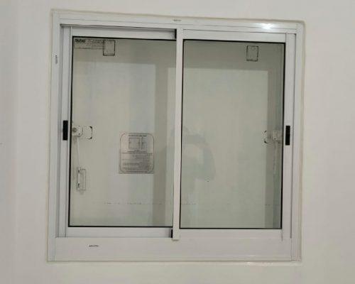 חלון אלומיניום לממ